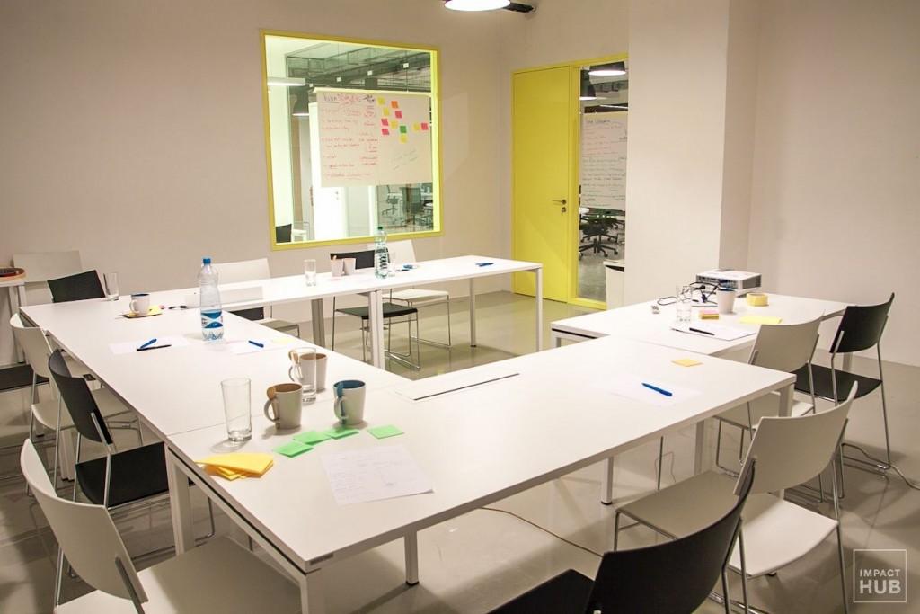 coworking Impact Hub Bratislava, Yellow meeting room